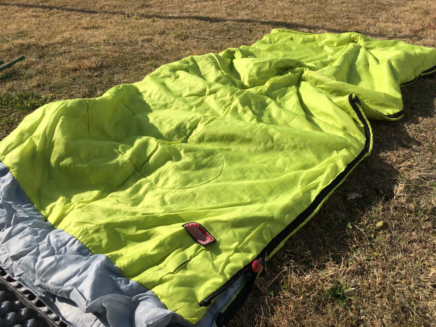 化学繊維素材の寝袋
