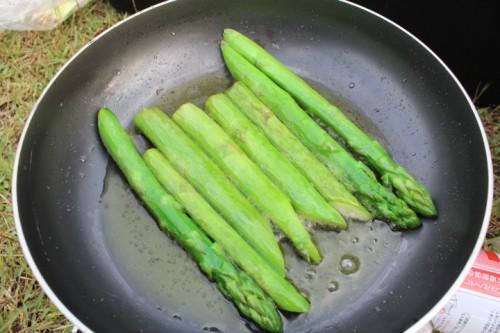 福島県美里町のアスパラガスは太いのに柔らかい絶品の野菜。