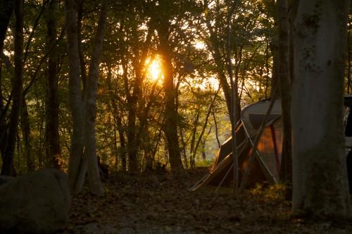 【秋.ver】キャンプの時の服装ってどんな格好したらいいの?〜初心者のためのキャンプ入門〜