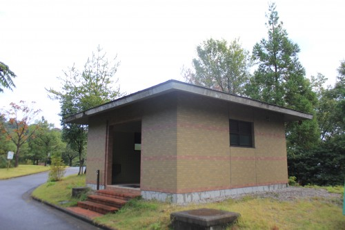 高岡二上山キャンプ場のトイレの画像