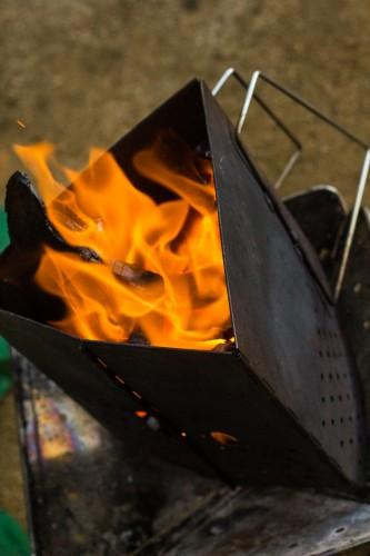 BBQでモテるためには知っておけ!BBQの必需品「炭」の効果って知ってますか?