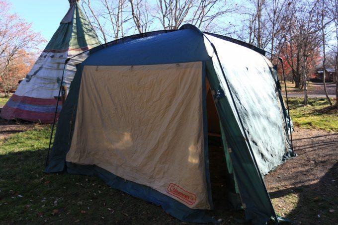 スクリーンタープは夏場以外にも寒い時期のキャンプでも大活躍