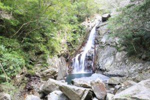 【本島NO.1の滝が観れる】沖縄県 比地大滝キャンプ場 2015年11月28〜29日