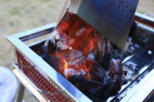 【BBQであったら便利】初心者にオススメ!チャコスタの使い方を紹介。