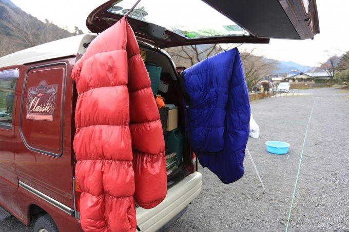 寝袋の中綿の種類と違いを確認して自分のスタイルに合う方を選ぼう!