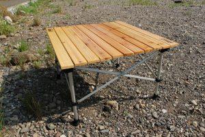 【レビュー】コールマンのナチュラルウッドロールテーブルは初めてのキャンプテーブルにちょうどいい