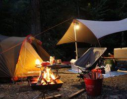 【ソロキャンプ初心者向け】ソロキャンプのランタンで悩む人への記事
