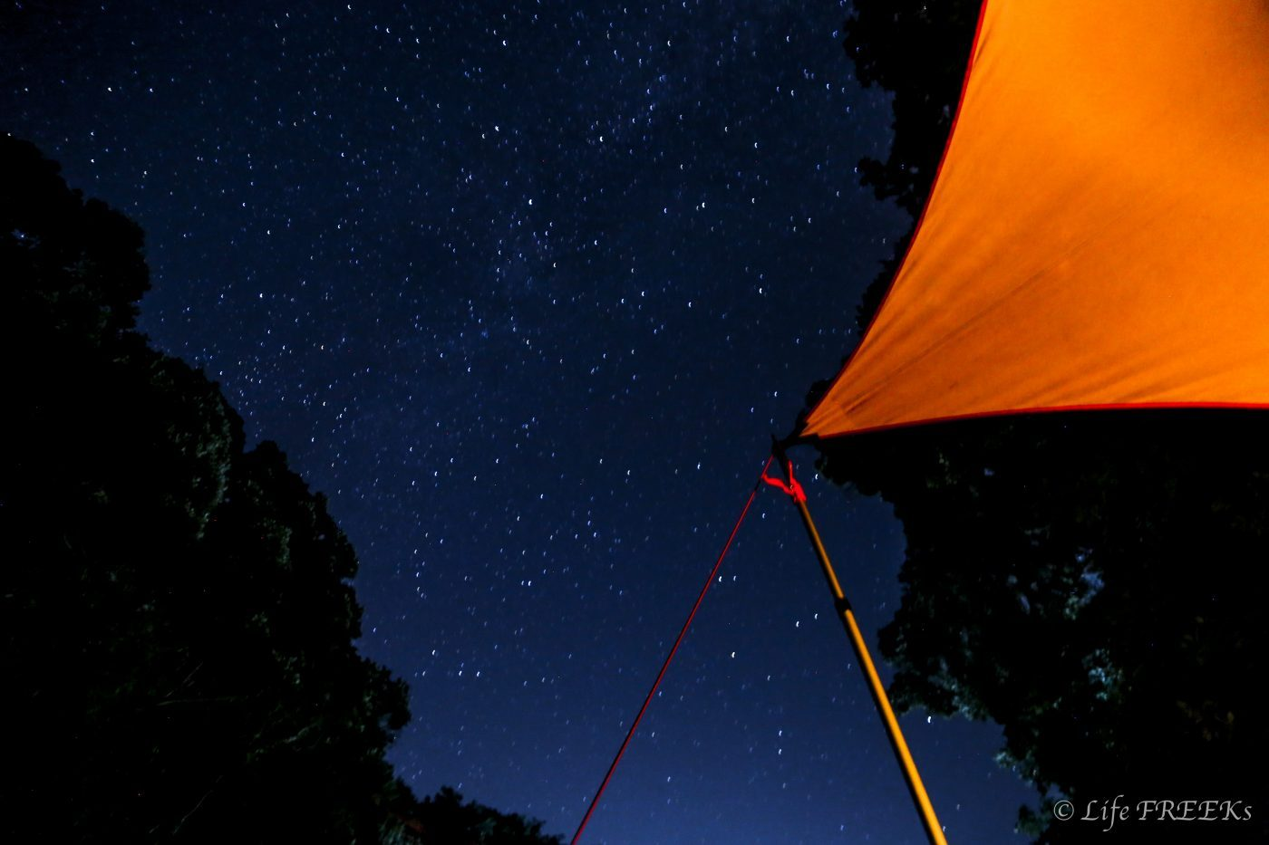 星空が本当にきれいに見えるのがキャンプの素敵なところ。