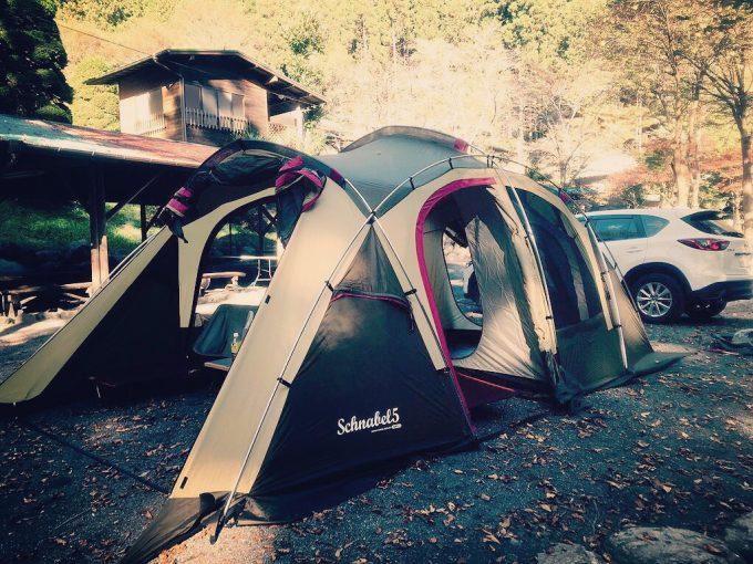 寒い時期のキャンプと言えば2ルームテント