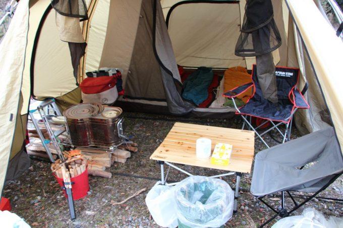 2ルームテントやシェルターは寒い時期のキャンプにオススメ