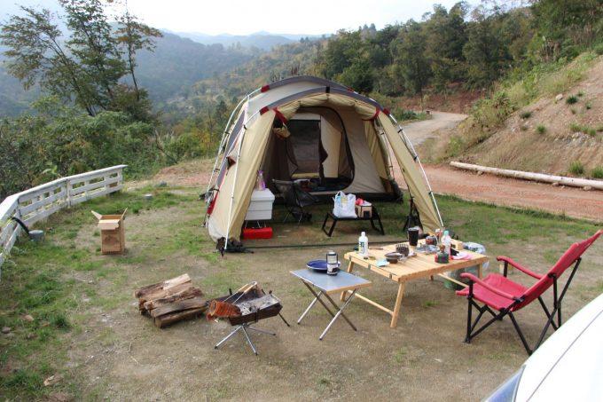 冬キャンプでも外で過ごす人は多いです。