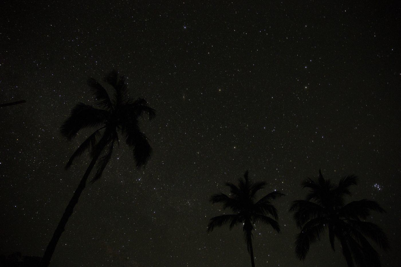 周囲が暗ければ暗いほど、素敵な星空が観察できます。