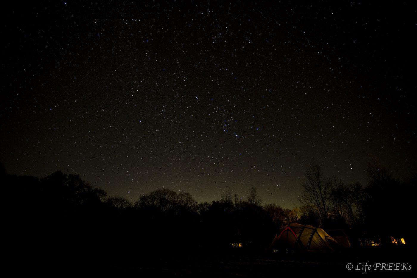 冬キャンプの星空