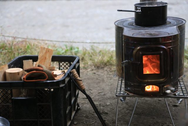 【あえて言うよ】冬キャンプで使う薪ストーブのデメリット