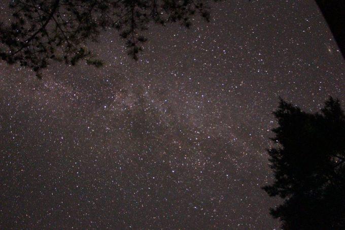 キャンプ場で見る星空は綺麗です
