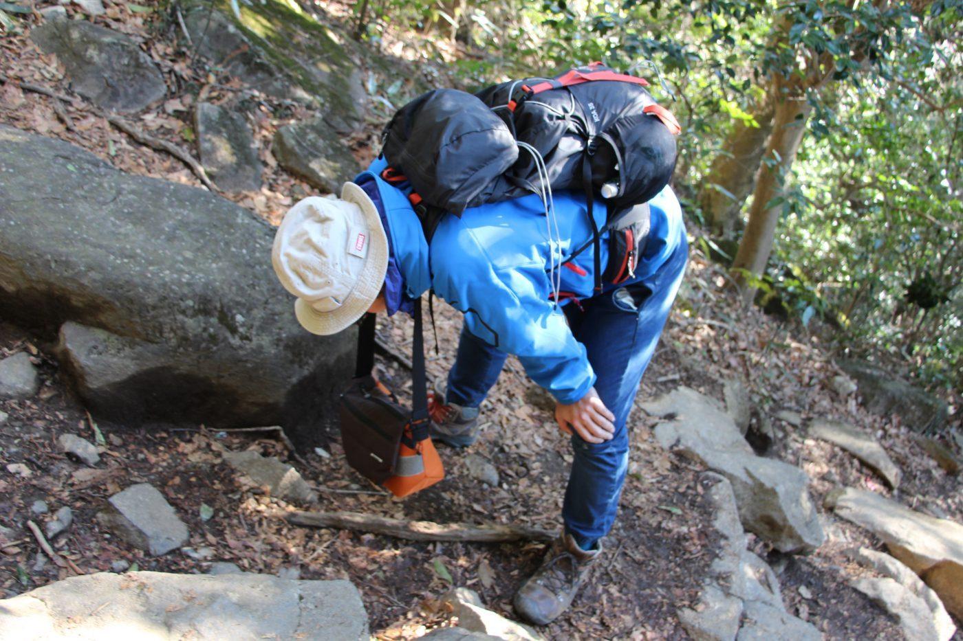 ユニクロのパンツでも山は登れる