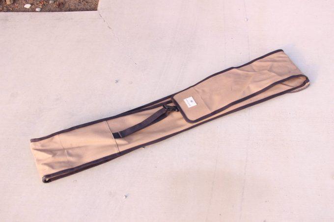 スノーピークのパイルドライバーケースはいろいろ収納できて優秀。