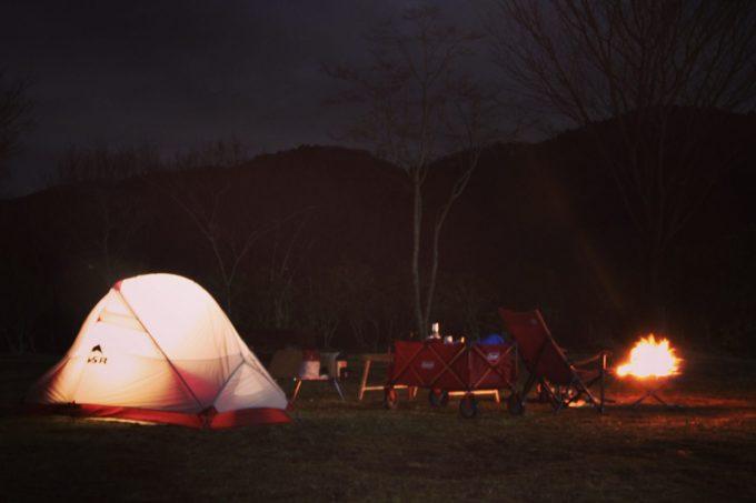 ガルボのソロキャンプの様子。
