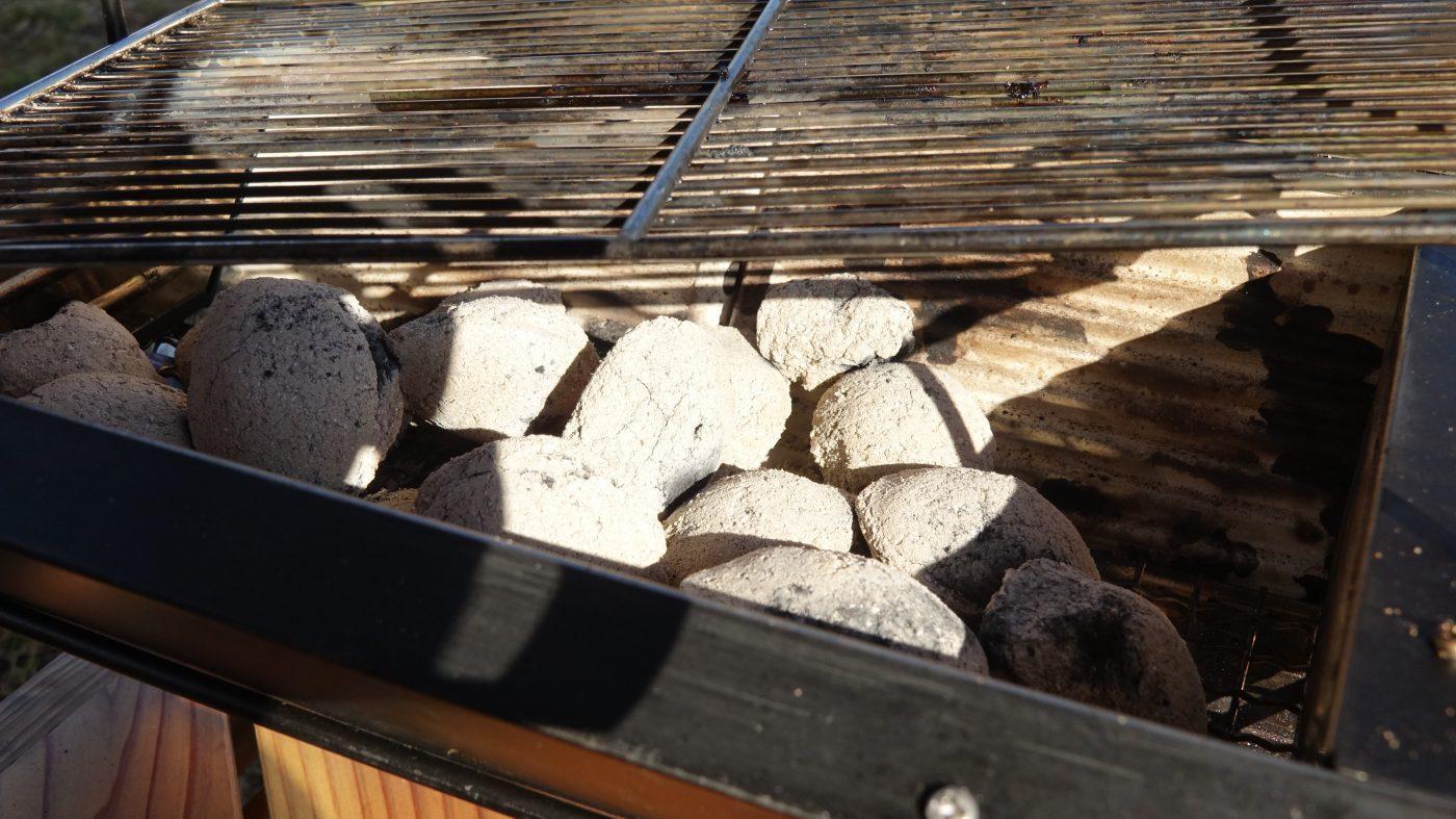 ユニセラの炭の量は通常通り
