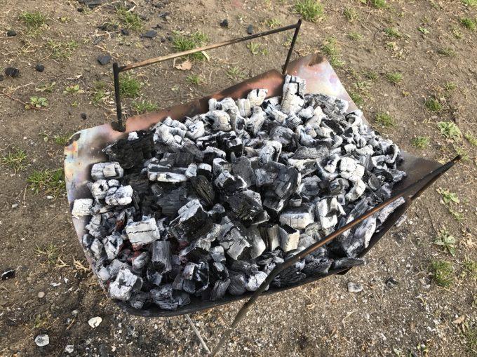 ピコグリルは熾火がたまりやすいので#時間に1回は灰捨てが必要。