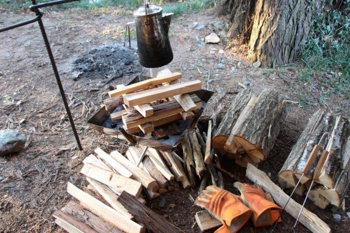 乾燥していない薪は火がつきにくい