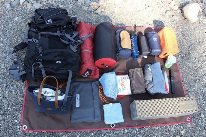 登山泊、徒歩キャンプ、ツーリングキャンプの寝袋はダウンがオススメ!