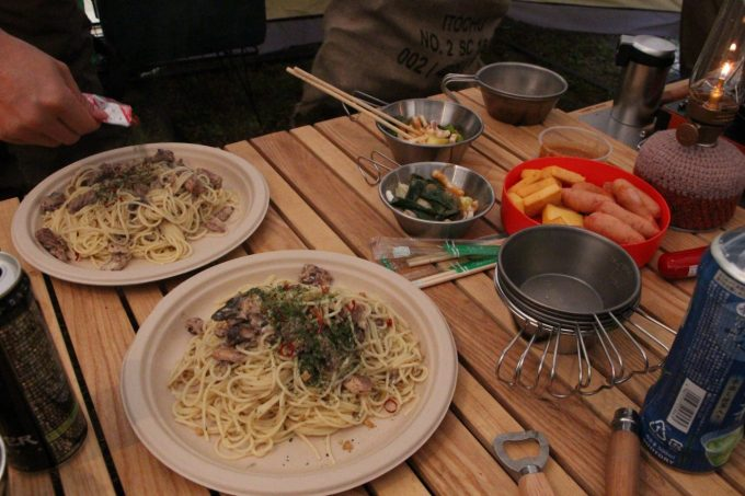 キャンプ飯を作る。