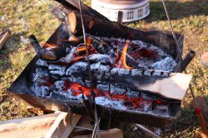 【初心者向け】無料(格安)でキャンプやBBQのできる場所では火消し壺を持っていくといいですよ