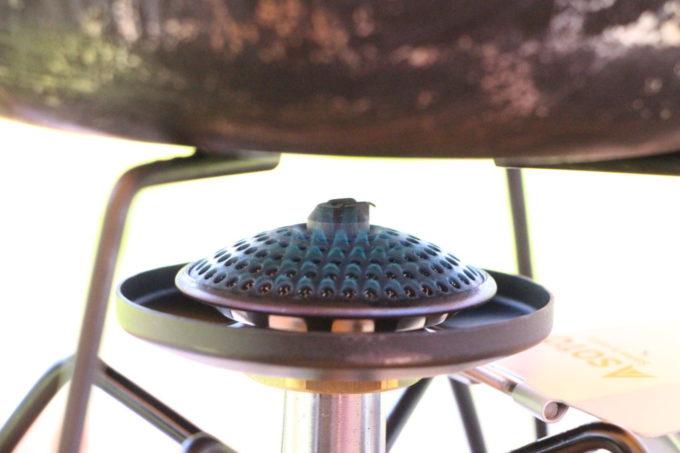 レギュレーターストーブST-310はマイクロレギュレーターのおかげで外気温に左右されにくい