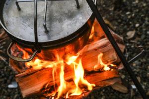 【マジで超カンタンレシピ】超ゴロゴロ野菜のポトフは冬キャンプで最高に美味しい一品