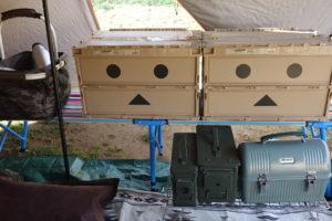 【キャンプの収納】ダンボー仕様の折りたたみコンテナならキャンプ積載と準備を効率化できる