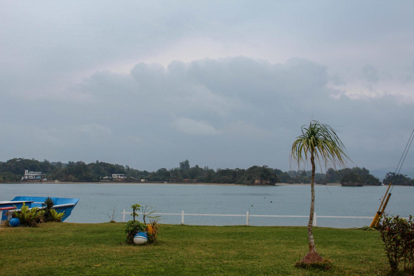 まさかの雨で見られませんでしたが、2月時期だと7時半位に朝日が昇るところを見られるそう。