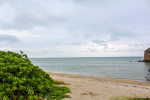 【沖縄のキャンプ場】沖縄県総合公園オートキャンプ場は子供が遊べる施設有り、目の前海、レンタル品充実の高規格キャンプ場でした。