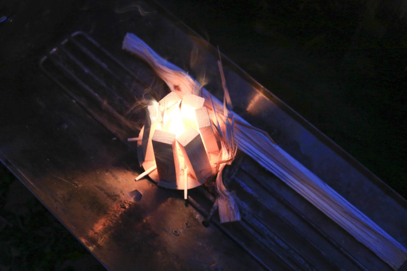 ペトロマックスの着火剤、ファイヤーキット