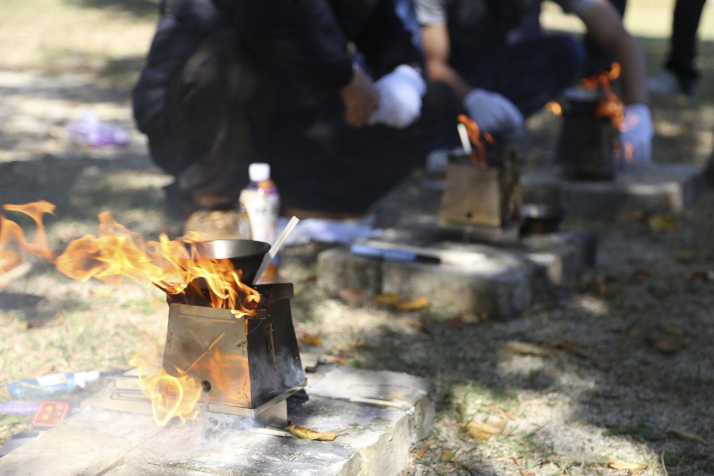 ソロキャンプにおすすめの焚き火台ネイチャーストーブ