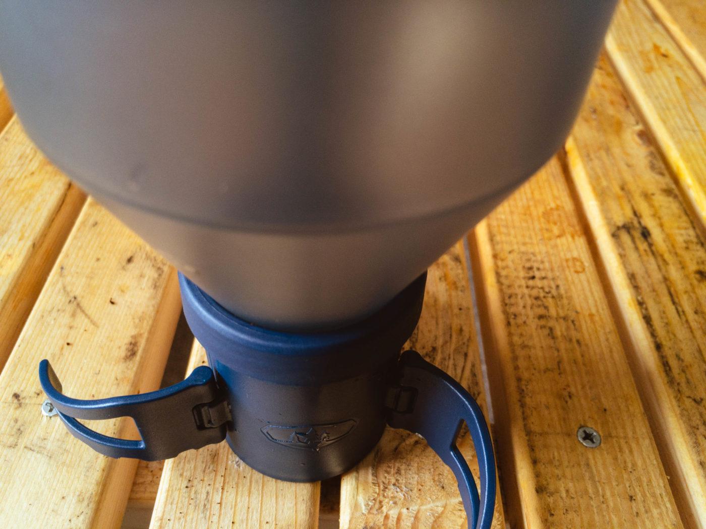 コーヒーロケットの接続部分を紹介する写真