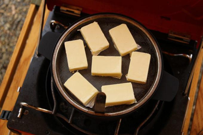 アペルカのテーブルトップスモーカーは燻製出来る量が少ない