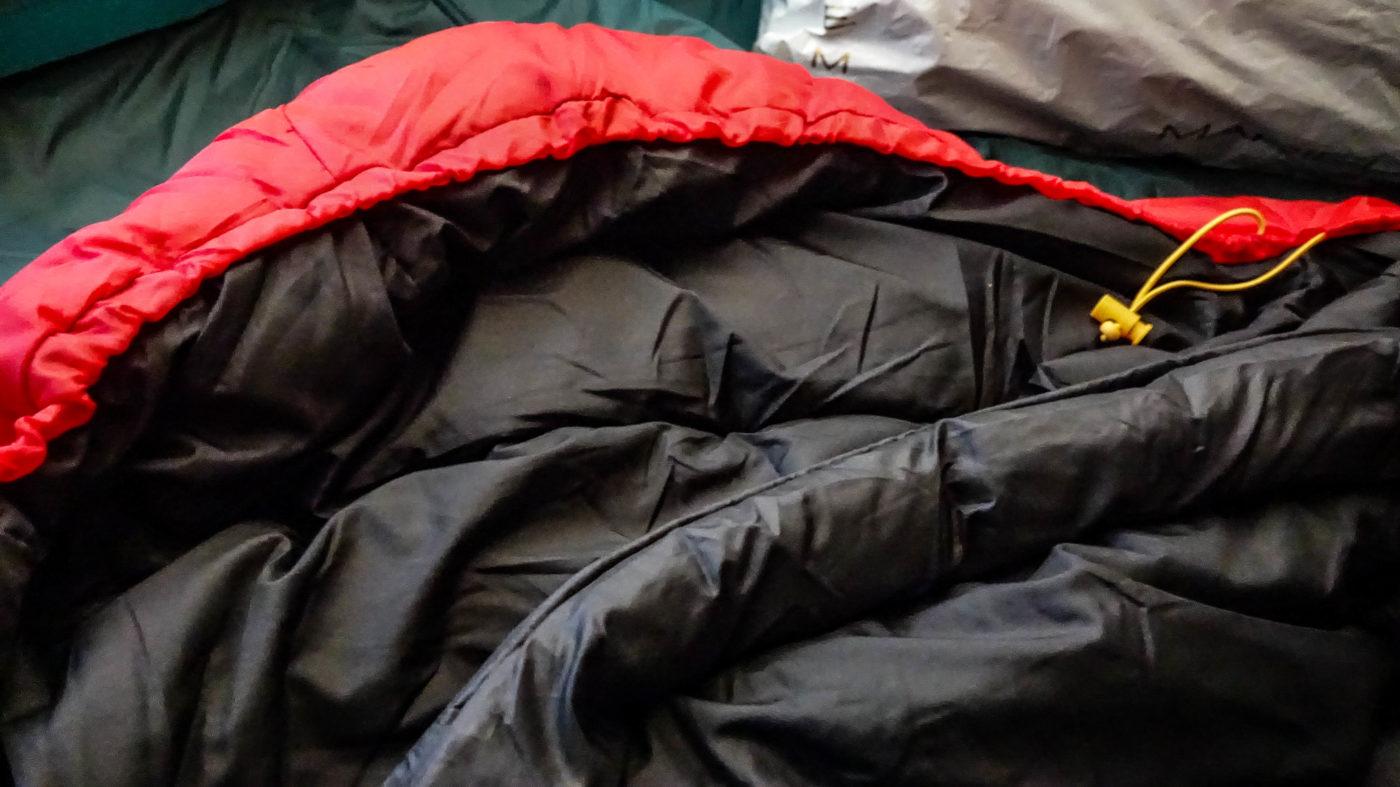 スナグパックの高コスパ寝袋スリーパーエクスペディションはめちゃくちゃ安い