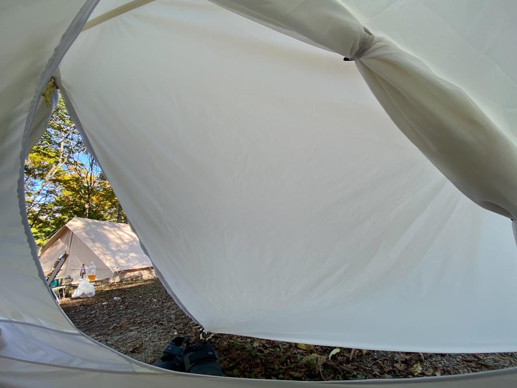 テンマクデザインおにぎりテント中からの写真