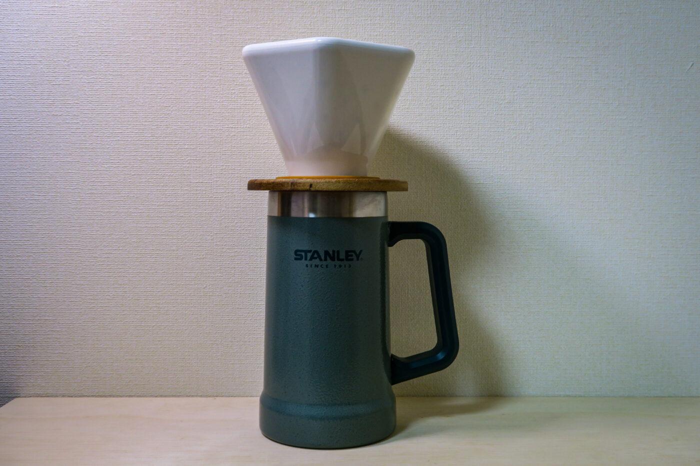 三洋産業のCAFEC ディープドリッパー プロは3人以上のグループキャンプで一度にコーヒーをドリップしたい人にはおすすめ。